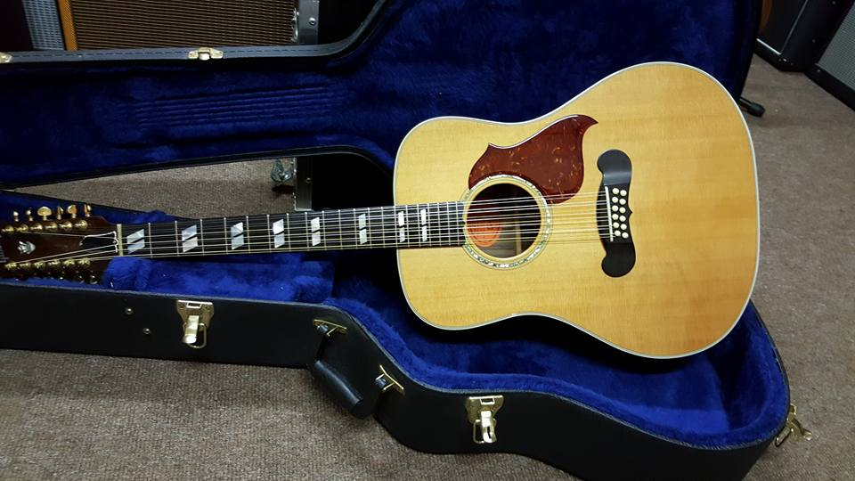 Gibson Songwriter Deluxe 12